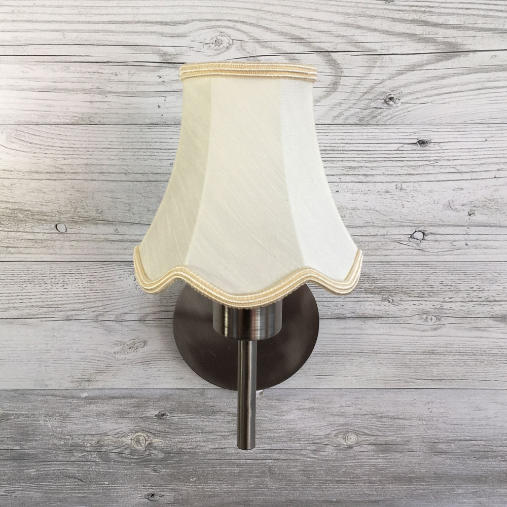 Scalloped Candle Shade Cream with Trim