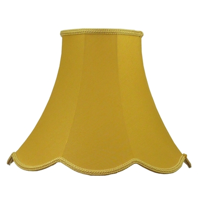 Scalloped bowed candle gold dupion
